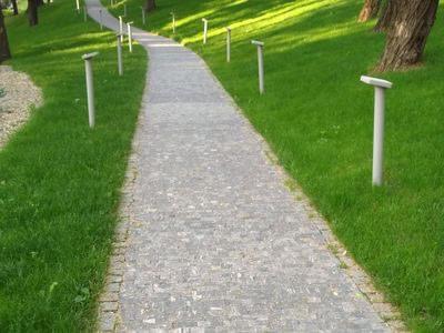 kamień w ogrodzie 2