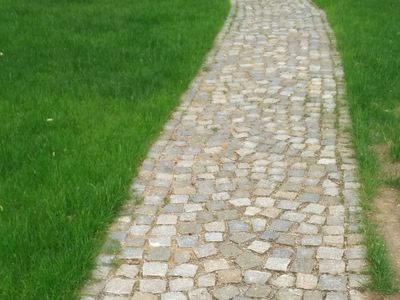 kamień w ogrodzie 6